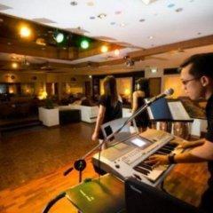 Sabah Hotel Sandakan гостиничный бар