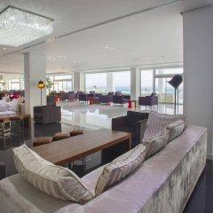 King Evelthon Beach Hotel & Resort гостиничный бар