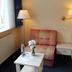 Отель Lilienhof Германия, Гамбург - 6 отзывов об отеле, цены и фото номеров - забронировать отель Lilienhof онлайн комната для гостей фото 4