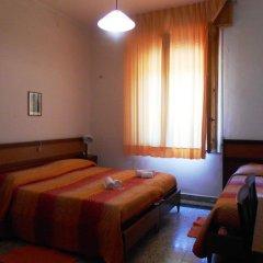 Отель Grande Albergo Gambarie Санто-Стефано-ин-Аспромонте комната для гостей