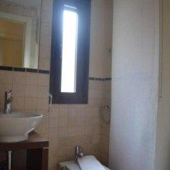 Отель We Are San Bernardo Gran Via Испания, Мадрид - отзывы, цены и фото номеров - забронировать отель We Are San Bernardo Gran Via онлайн ванная