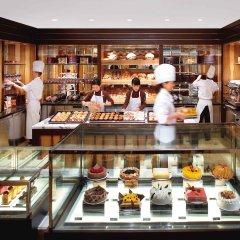Отель Mandarin Oriental, Hong Kong питание