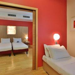 Best Western Plus Hotel Bologna сейф в номере