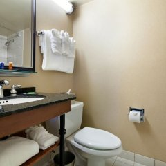 Отель Radisson Jfk Airport США, Нью-Йорк - отзывы, цены и фото номеров - забронировать отель Radisson Jfk Airport онлайн ванная фото 2