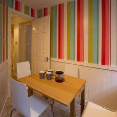 Отель 2 Bedroom Meadows Flat Эдинбург комната для гостей фото 5