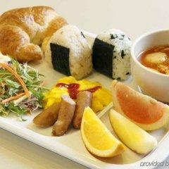 Отель Comfort Hotel Yokohama Kannai Япония, Йокогама - отзывы, цены и фото номеров - забронировать отель Comfort Hotel Yokohama Kannai онлайн питание фото 2