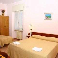 Отель Eliseo Италия, Фьюджи - отзывы, цены и фото номеров - забронировать отель Eliseo онлайн комната для гостей фото 3