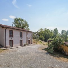 Отель Farmhouse Located in the Beautiful Aulla in Northern Tuscany Аулла фото 5