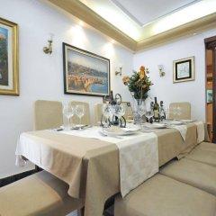 Отель Oaza Черногория, Будва - 8 отзывов об отеле, цены и фото номеров - забронировать отель Oaza онлайн питание фото 2