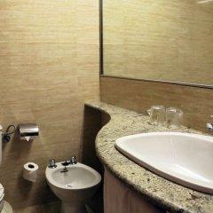 Отель Prestige Victoria Hotel Испания, Курорт Росес - 1 отзыв об отеле, цены и фото номеров - забронировать отель Prestige Victoria Hotel онлайн ванная фото 2