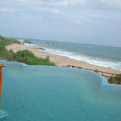 Отель Kirinda Beach Resort пляж