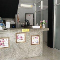 Отель Desire Guesthouse Patong интерьер отеля