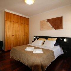 Отель Casas Da Avenida E Do Pico Машику сейф в номере