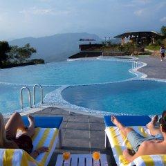 Отель Rupakot Resort Непал, Лехнат - отзывы, цены и фото номеров - забронировать отель Rupakot Resort онлайн бассейн