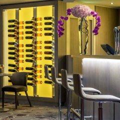 Отель Mercure Marseille Centre Vieux Port гостиничный бар