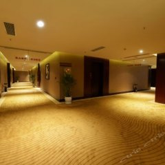Chongqing Zesheng Hot Spring Hotel интерьер отеля