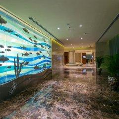 Отель Grand Millennium Muscat гостиничный бар