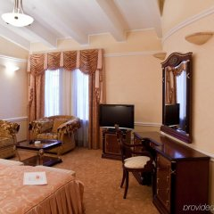 Отель Прага Донецк комната для гостей