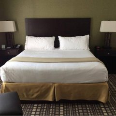 Отель Holiday Inn Express & Suites Geneva Finger Lakes комната для гостей