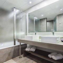 Отель Beverly Park & Spa Испания, Бланес - 10 отзывов об отеле, цены и фото номеров - забронировать отель Beverly Park & Spa онлайн ванная фото 2