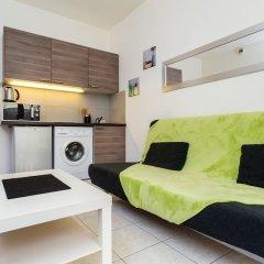 Отель The Sunny Patio 1-BR -Terrace Beach Франция, Ницца - отзывы, цены и фото номеров - забронировать отель The Sunny Patio 1-BR -Terrace Beach онлайн комната для гостей фото 4
