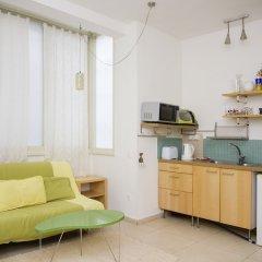 Апартаменты KAV Apartments-Ichilov Zikhron Yaakov St Тель-Авив в номере