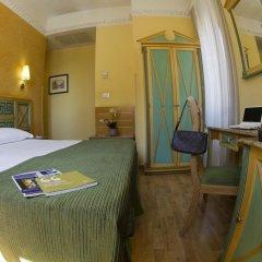 Отель EXE Domus Aurea сейф в номере