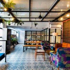 BedBug Hostel by Madpackers интерьер отеля фото 2