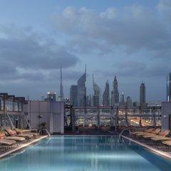 Отель Jumeirah Living - World Trade Centre Residence бассейн