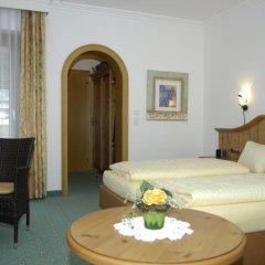 Отель Aparthotel Bergland Австрия, Зёлль - отзывы, цены и фото номеров - забронировать отель Aparthotel Bergland онлайн комната для гостей фото 4