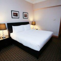 Отель Grand Copthorne Waterfront сейф в номере