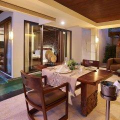 Отель The Seminyak Beach Resort & Spa балкон
