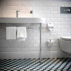Отель Arthotel Blaue Gans ванная фото 2