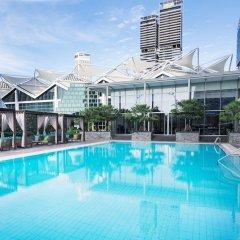 Отель Conrad Centennial Singapore Сингапур, Сингапур - 1 отзыв об отеле, цены и фото номеров - забронировать отель Conrad Centennial Singapore онлайн бассейн фото 3