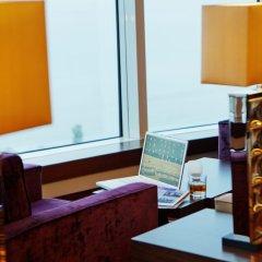 Отель Hilton Baku Азербайджан, Баку - 13 отзывов об отеле, цены и фото номеров - забронировать отель Hilton Baku онлайн удобства в номере фото 2