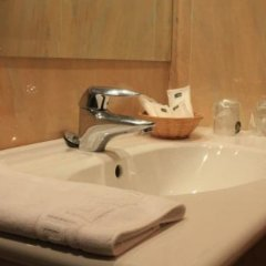 Hotel Villa De Barajas ванная