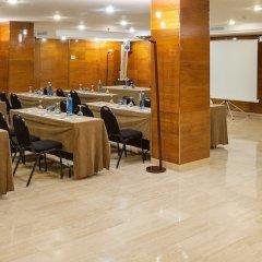 Отель NH Barcelona Eixample Испания, Барселона - отзывы, цены и фото номеров - забронировать отель NH Barcelona Eixample онлайн