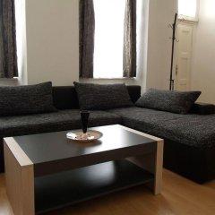 Апартаменты Apartments Tynska 7 Прага комната для гостей фото 3
