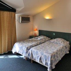 Отель Residhotel Les Coralynes Франция, Канны - 9 отзывов об отеле, цены и фото номеров - забронировать отель Residhotel Les Coralynes онлайн комната для гостей фото 2