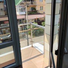 Гостиница на ул. Камышовой, 41, кв. 10 в Сочи отзывы, цены и фото номеров - забронировать гостиницу на ул. Камышовой, 41, кв. 10 онлайн балкон