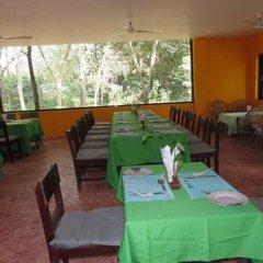 Отель Lumbini Buddha Garden Resort Непал, Лумбини - отзывы, цены и фото номеров - забронировать отель Lumbini Buddha Garden Resort онлайн питание