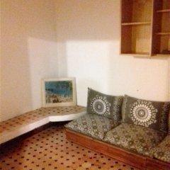 Отель House With 3 Bedrooms in Rabat, With Furnished Terrace - 800 m From th Марокко, Рабат - отзывы, цены и фото номеров - забронировать отель House With 3 Bedrooms in Rabat, With Furnished Terrace - 800 m From th онлайн комната для гостей фото 3