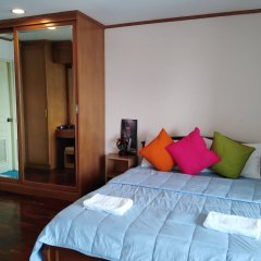 Апартаменты down town apartment near bts station Бангкок комната для гостей фото 5
