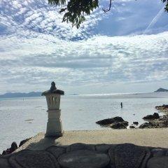 Отель Baan Laem Noi Villas пляж