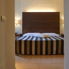 Hotel Cosimo de Medici сейф в номере