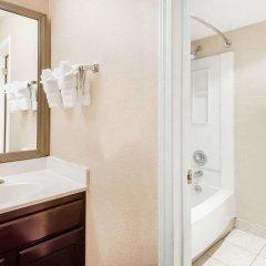 Отель Hawthorn Suites by Wyndham Columbus North США, Колумбус - отзывы, цены и фото номеров - забронировать отель Hawthorn Suites by Wyndham Columbus North онлайн ванная фото 2