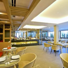 Отель The Rock Hua Hin Boutique Beach Resort питание фото 3