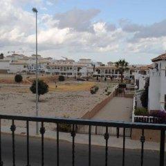 Отель La Cinuelica R15 Townhouse With 2 Comm Pools L143 Испания, Ориуэла - отзывы, цены и фото номеров - забронировать отель La Cinuelica R15 Townhouse With 2 Comm Pools L143 онлайн балкон
