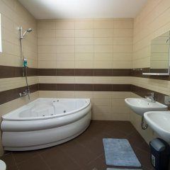 Отель Villa Old Olive ванная
