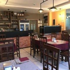 Отель Noomoo Мальдивы, Мале - отзывы, цены и фото номеров - забронировать отель Noomoo онлайн гостиничный бар